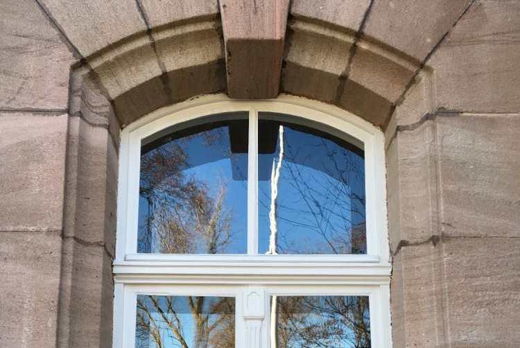 Holzfenster Roth